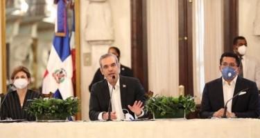 """Abinader: """"Habrá una recuperación notable del turismo al iniciar 2021"""""""