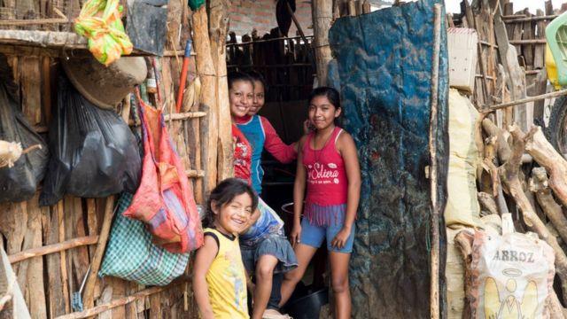 Barrio pobre en Perú