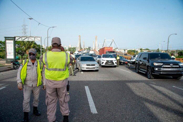 Gobierno permitirá el libre tránsito hasta la 1:00 de la madrugada los días 24 y 31 de diciembre